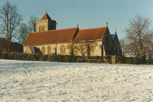 FC214-22 St Michael's Church in the snow Dec 2000